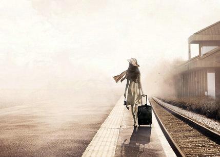 最孤单的人一成�_一个人孤独的句子及图片