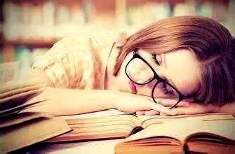 关于很累的句子,形容自己很累的