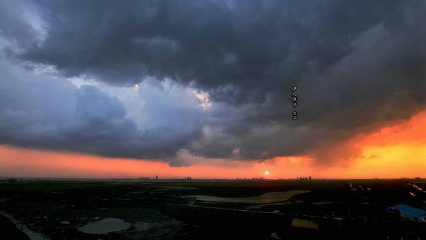 暴风雨効�+�.9.*��f�kd_暴风雨来临之前的语句及图片