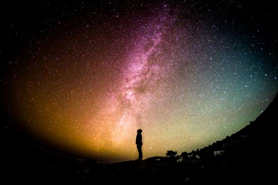 有关于形容描写夜空的句子及图片