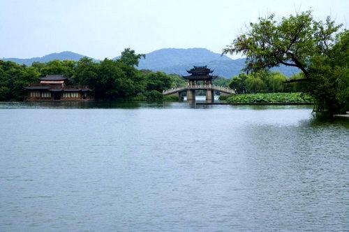 赞美描写杭州西湖的句子及图片