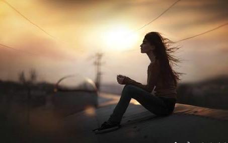 一个人寂寞孤独的说说图片