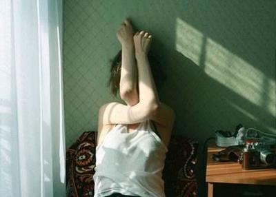 心灰意冷的句子图片:孤独是一种