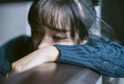 伤心的句子说说心情一个人:说不