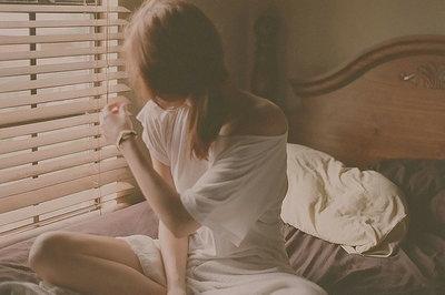 一个人无助的忧伤句子说说心情
