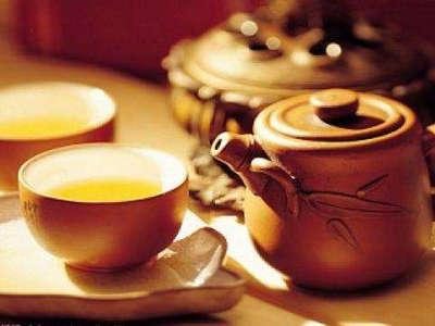 一杯清茶品人生下一句图片