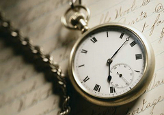 描述时间回忆的句子:光影重叠,