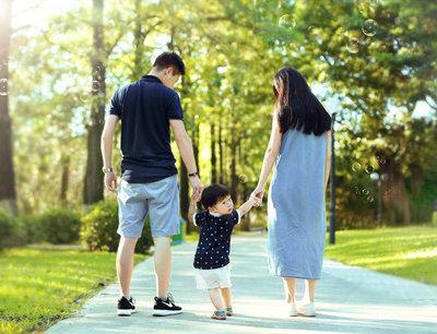 幸福一家人的句子,形容一家人在一起的幸福的句子