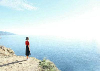 想去看海的心情句子