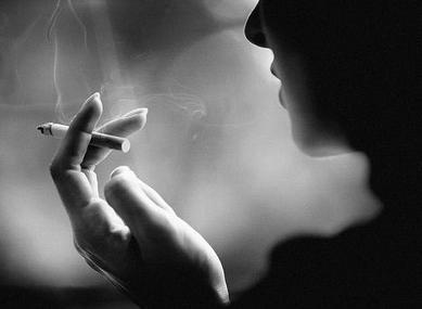 香烟说说伤感句子