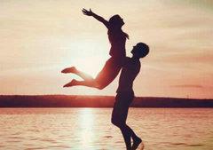 表示很感动的句子:爱你不是目的