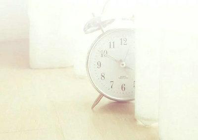 时间一晃而过的句子