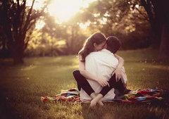 描写爱情的句子:持续的爱情看到
