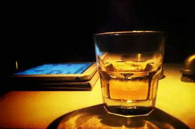 生活人生就像一杯酒的句子