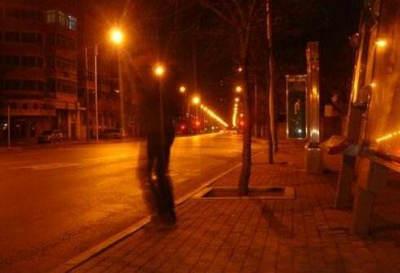 深夜一人行走的句子