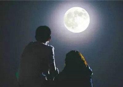 关于月光的诗句唯美句子