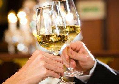 少喝酒的句子,提醒劝人少喝酒的句子