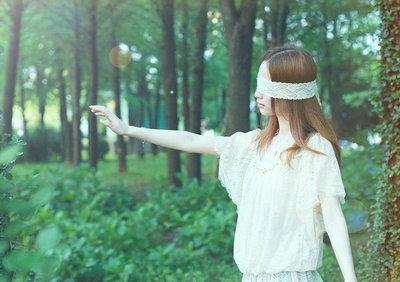 迷失自我的句子,感情中生活中迷失自我的句子
