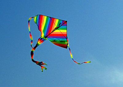 放开风筝的线,才能收获整片蓝天