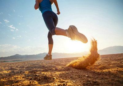 奔跑在路上的励志句子心情句子