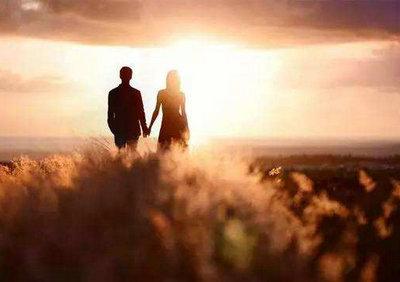 相伴到老的句子说说图片,相守相伴一生的唯美句子