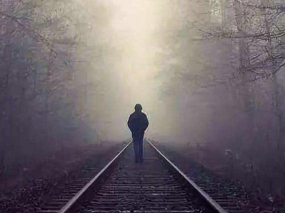 生活充满坎坷,谁又不想好好生活